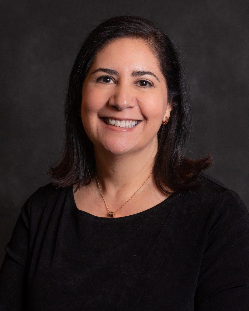 La Dra. Giselle Martin, Ophthalmologist